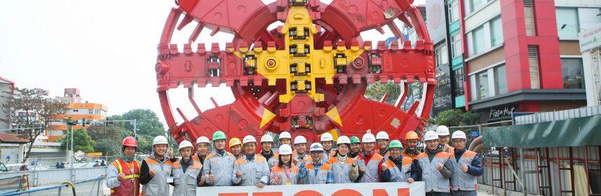 Nhà thầu hạ thành công bộ phận cuối cùng robot đào hầm Metro Nhổn - ga Hà Nội