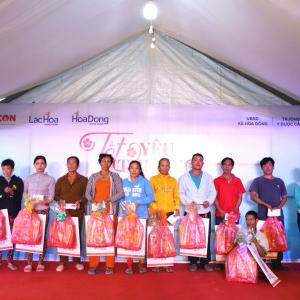 """FECON phối hợp UPC Renewables Vietnam tổ chức chương trình """"Tết yêu thương"""" cho người dân Sóc Trăng"""