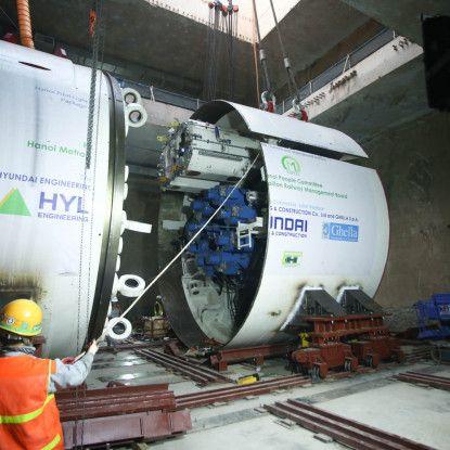 Toàn cảnh quá trình lắp ráp robot đào hầm Dự án Metro Line 3 Hà Nội