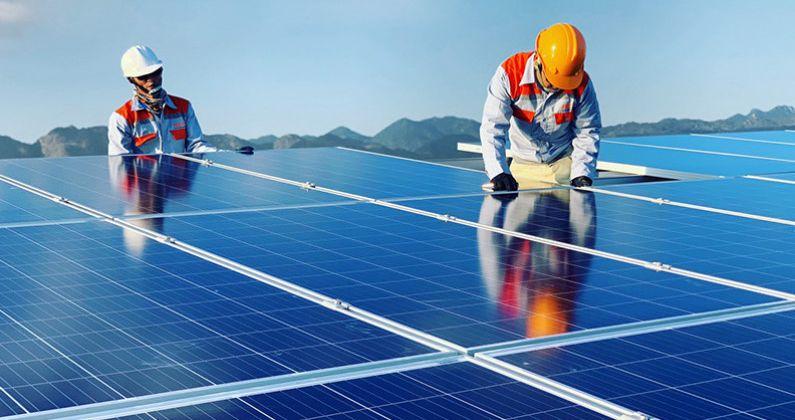 Đầu tư năng lượng tái tạo